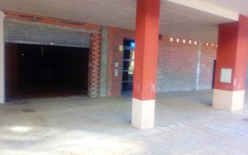 Local Comercial en Bruto Lastra Sur-Rosalía de Castro