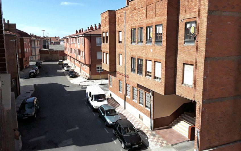 Apartamento en Villaobispo de la Regueras
