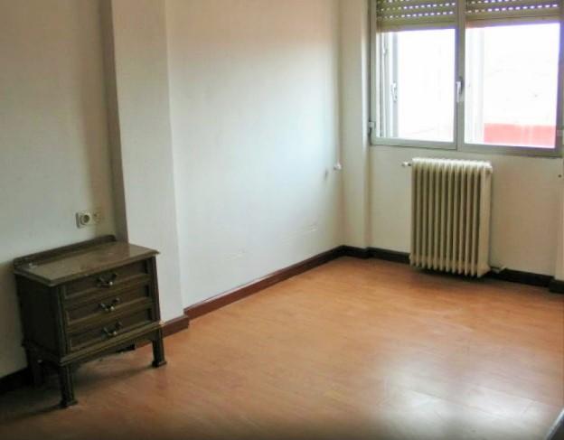 Ático con terraza de 52 m2 orientación oeste. 105.100€
