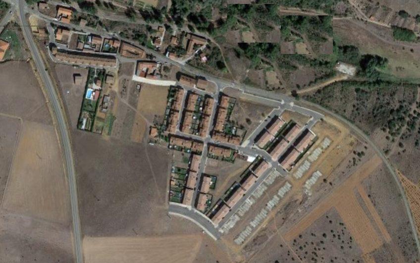 Parcela Urbana para  dos viviendas unifamiliares adosadas en Ardoncino