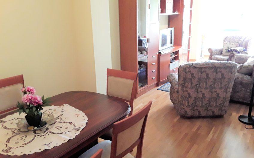 Apartamento zona Maristas Champagnat-Avenida de Asturias