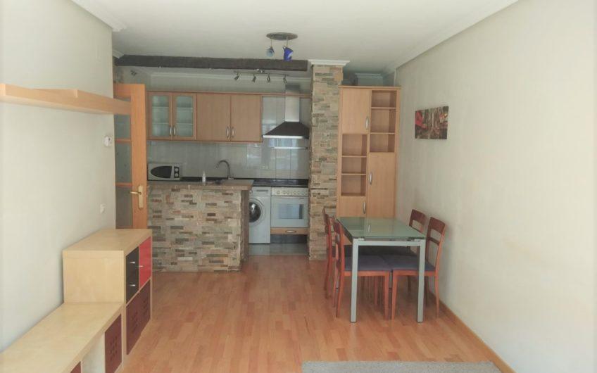 Apartamento con ascensor, garaje y trastero en la Virgen del Camino
