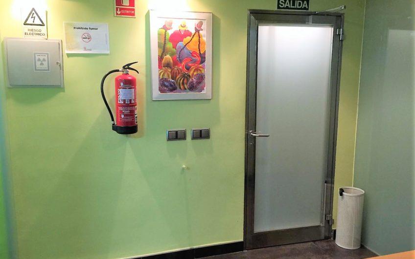 Local – oficina en Ordoño II adaptada como clínica dental