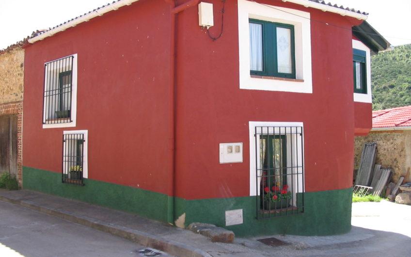 Casa para entrar en Otero de las Dueñas