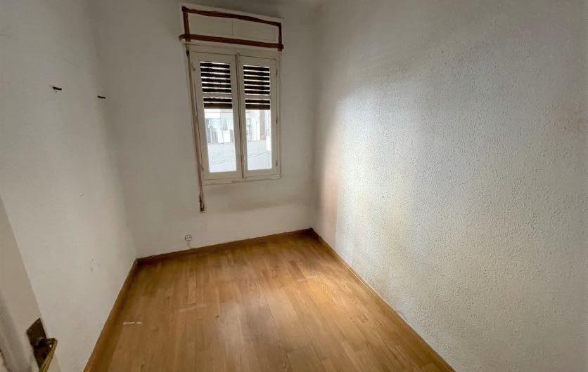 Soleado piso en San Claudio