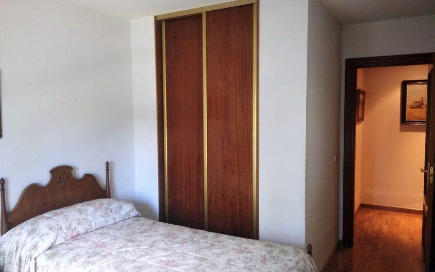 Apartamento con garaje en Eras de Renueva